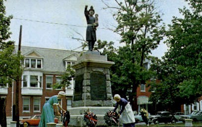 Volunteer Firemen's Memorial - York, Pennsylvania PA Postcard