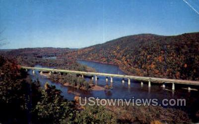 Delaware Water Gap Bridge - Pennsylvania PA Postcard