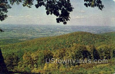 Laurel Caverns - Uniontown, Pennsylvania PA Postcard
