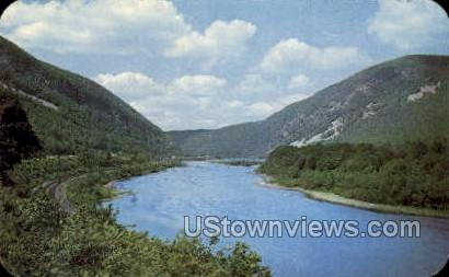 Pocono Mountains - Delaware Water Gap, Pennsylvania PA Postcard