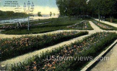 Flower Beds, River Common - Wilkes-Barre, Pennsylvania PA Postcard