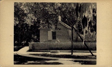 Old Kitchen and Wheel Sweep - Brookgreen Gardens, South Carolina SC Postcard