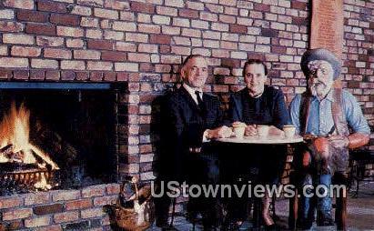 Ted & Dorothy Hustead - Wall, South Dakota SD Postcard