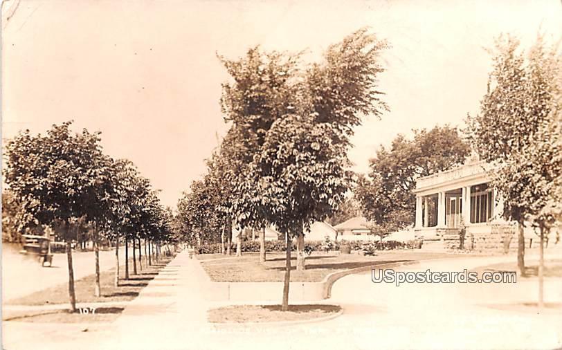 Residence View on Third Street - Huron, South Dakota SD Postcard