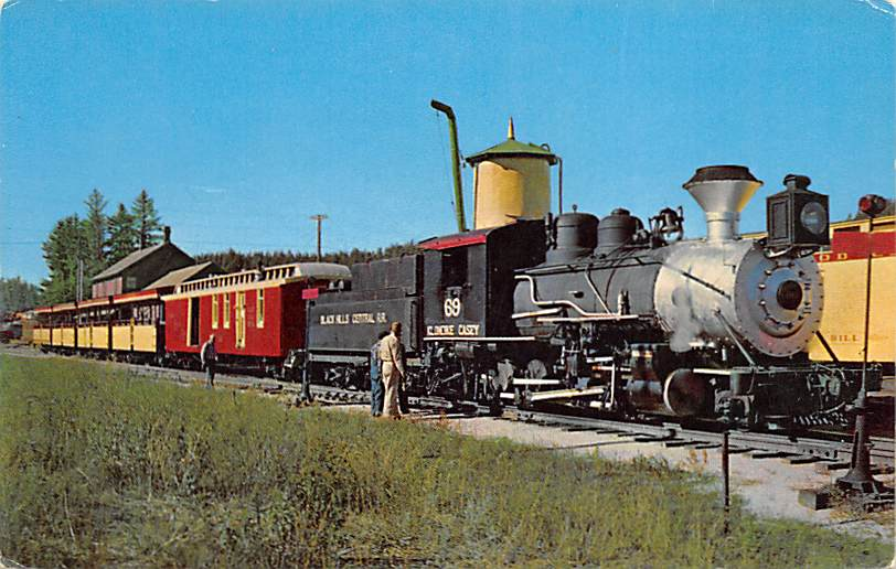 Voorhees Hall & Dormitory - Huron, South Dakota SD Postcard