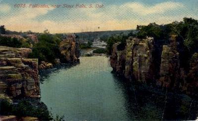Pallisades - Sioux Falls, South Dakota SD Postcard