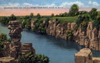 Balanced Rock and the Palisades - Sioux Falls, South Dakota SD Postcard