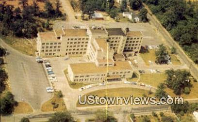 Memorial Hospital - Chattanooga, Tennessee TN Postcard