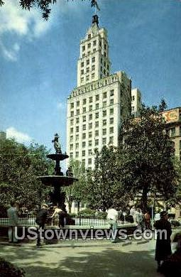 Court Square , Columbia Mutual Tower  - Memphis, Tennessee TN Postcard