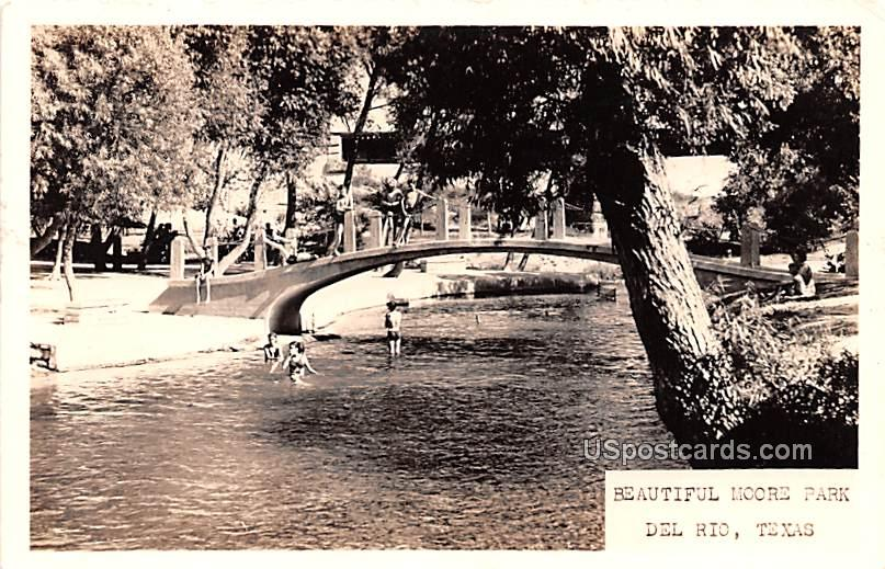 Beautiful Moore Park - Del Rio, Texas TX Postcard