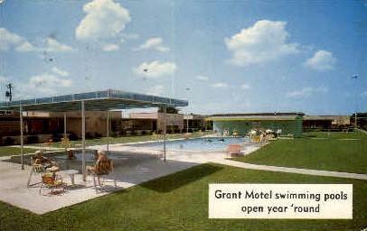 Grant Motel Swimming Pool - Houston, Texas TX Postcard