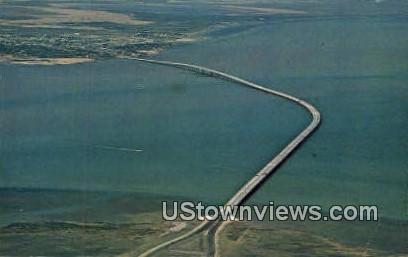 New Queen Isabella Causeway - Port Isabel, Texas TX Postcard
