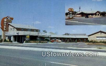 Golden Spread Motel & Grill - Groom, Texas TX Postcard