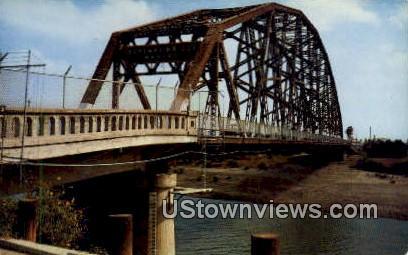 International Bridge, Juarez - Brownsville, Texas TX Postcard