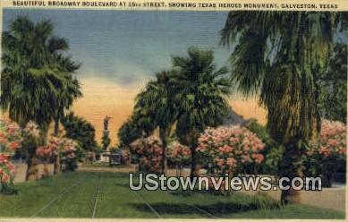 Broadway Ave - Galveston, Texas TX Postcard