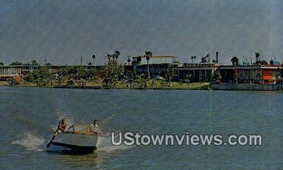 Fort Brown Motor Hotel Apartments - Brownsville, Texas TX Postcard