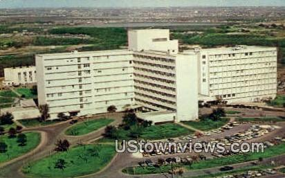 Wilford Hall, USAF Hospital - San Antonio, Texas TX Postcard