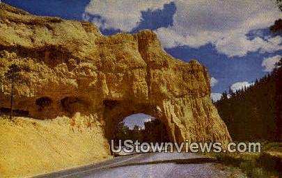 Red Canyon - Bryce Canyon National Park, Utah UT Postcard
