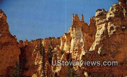 Camel & the Wiseman - Bryce Canyon National Park, Utah UT Postcard