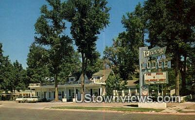 Parry Lodge - Kanab, Utah UT Postcard