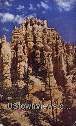 Queen's Castle - Bryce Canyon National Park, Utah UT Postcard