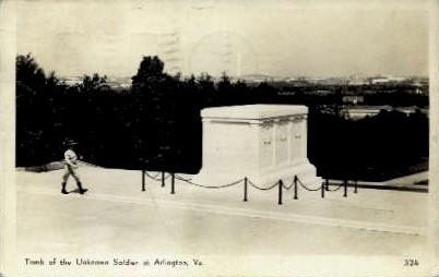 Tomb of the Unkown Soldier - Arlington, Virginia VA Postcard
