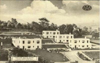 Skyline Motor Hotel - Front Royal, Virginia VA Postcard