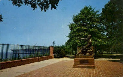 Collis P. Huntington Statue - Newport News, Virginia VA Postcard