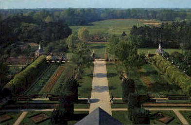 The Palace Garden - Williamsburg, Virginia VA Postcard