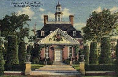 Governors Palace Garden - Williamsburg, Virginia VA Postcard