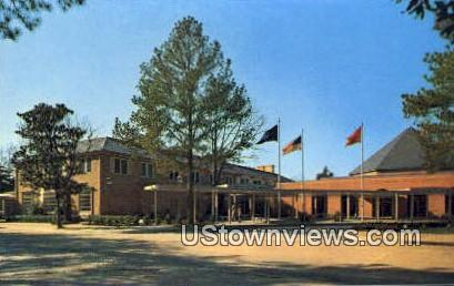 Williamsburg Lodge  - Virginia VA Postcard