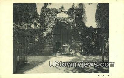 Tomb Of Washington  - Mount Vernon, Virginia VA Postcard