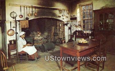 Kitchen at Governors Palace - Williamsburg, Virginia VA Postcard
