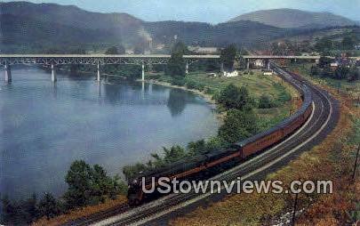 Passenger Train - Misc, Virginia VA Postcard