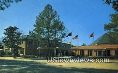 Williamsbutrg Lodge - Williamsburg, Virginia VA Postcard