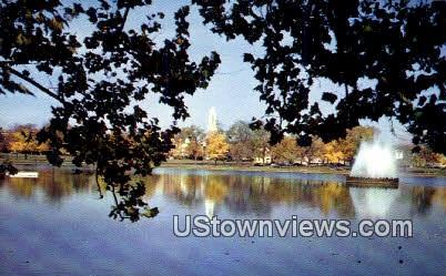 Fountain Lake - Byrd Park - Richmond, Virginia VA Postcard