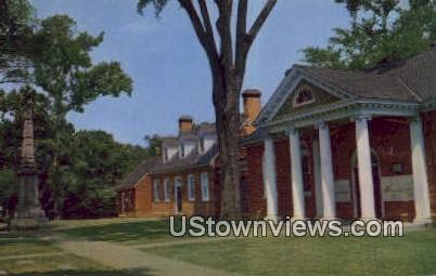Gloucester Court Green  - Virginia VA Postcard