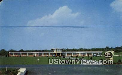Motel Modernaire  - Shenandoah Valley, Virginia VA Postcard
