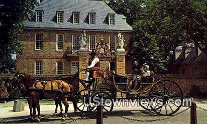 Carriages  - Williamsburg, Virginia VA Postcard