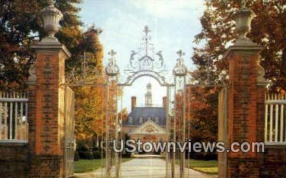 Palace Gates - Williamsburg, Virginia VA Postcard