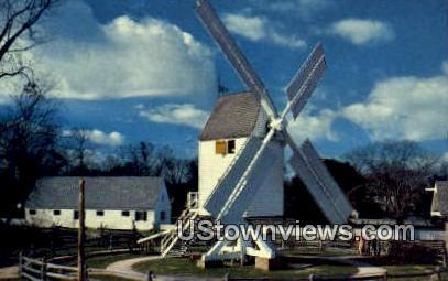 Robertson Windmill  - Williamsburg, Virginia VA Postcard