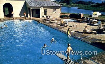 The Boars Head Inn  - Charlottesville, Virginia VA Postcard