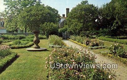 Colonial Garden  - Washington's Birthplace, Virginia VA Postcard
