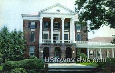 Student Building Longwood College - Farmville, Virginia VA Postcard