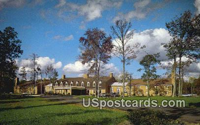 Holiday Inn - Williamsburg, Virginia VA Postcard