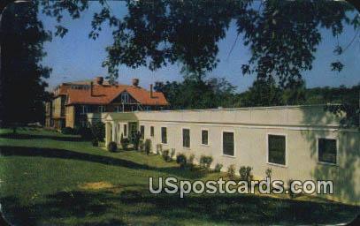 Richardson Building, Massanetta Springs Station - Harrisonburg, Virginia VA Postcard