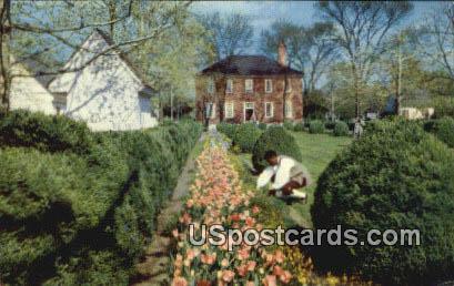 Wythe House Garden - Yorktown, Virginia VA Postcard