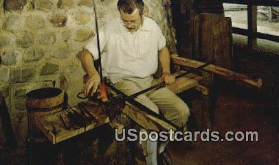 Moster Glassblower - Misc, Virginia VA Postcard