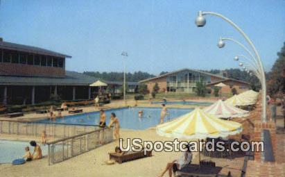 Motor House Pool - Williamsburg, Virginia VA Postcard