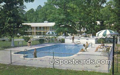 Colonial Courts Motel - Newport News, Virginia VA Postcard